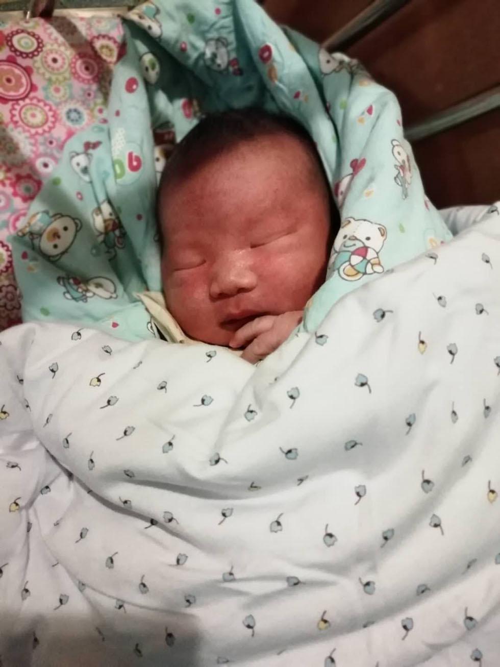 恭喜新疆客户供卵代孕得男宝宝